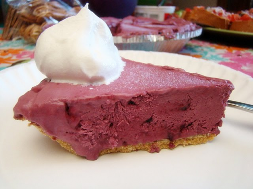 Raspberry Noodle Pie